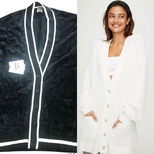New With Tags Aritzia Sunday Best Full Button Up Oversized Black Kitten Cardigan